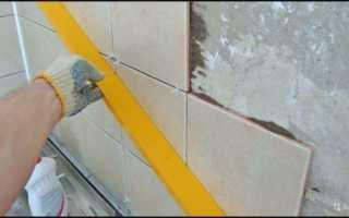 Как укладывать плитку: технология кладки на стену