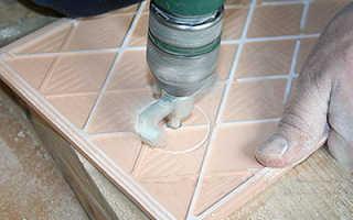 Как сделать отверстие в плитке кафельной