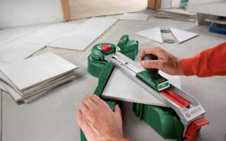 Как пользоваться плиткорезом ручным и электрическим