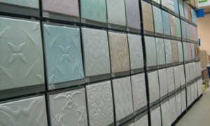 Виды потолочной плитки из пенопласта: какую лучше выбрать?