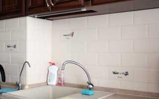 Как отмыть плитку на кухне от жира: способы очистки