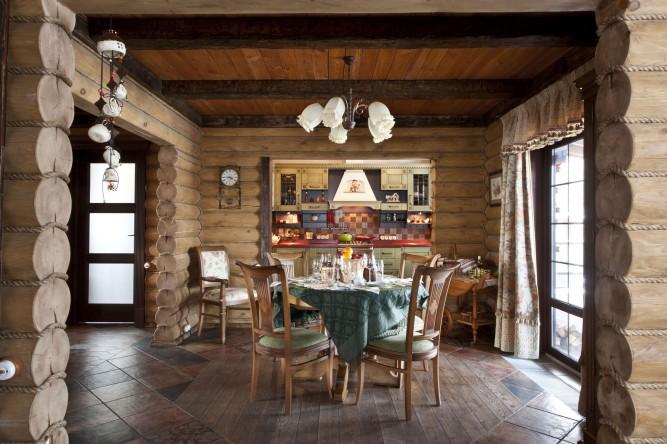 Керамическая плитка в деревянном доме