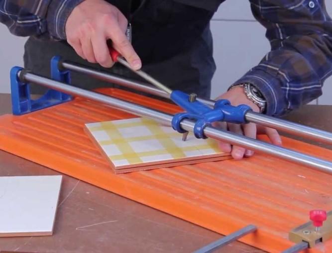 Ручной плиткорез для домашнего пользования