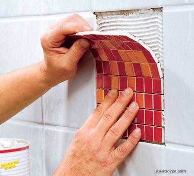 Замена битой плитки мозайкой