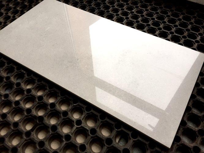 Глянцевая бетонная плита