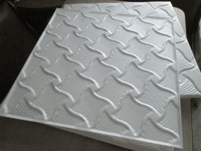 Потолочные панели квадратной формы