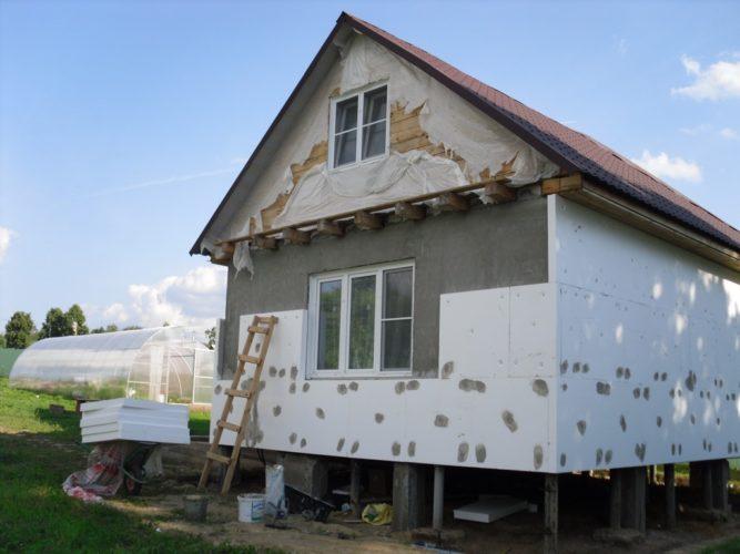 Утепление фасада листами пенопласта
