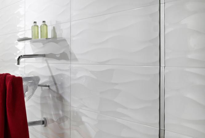 Белая затирка - идеальный вариант для белой плитки