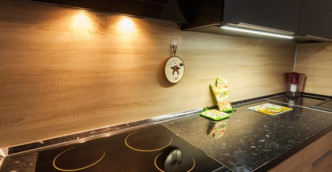 Кухонный фартук из ДСП панелей