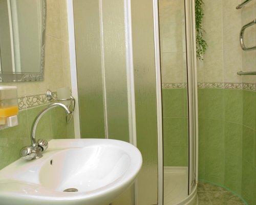 Дизайн ванной комнаты маленького размера без туалета фото