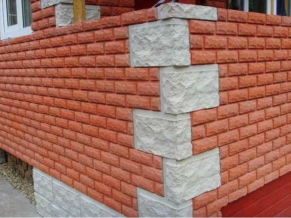 Поверхность отделанная бетонным сайдингом