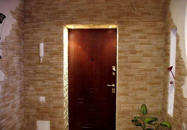 Плитка, стилизованная под камень, позволяет добиться элегантности и изысканности интерьера