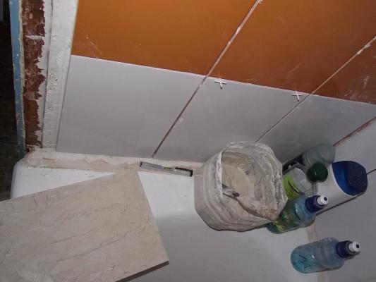 укладка кафельнои плитки на стены