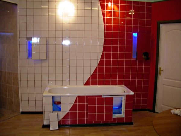 люки невидимки в ванной
