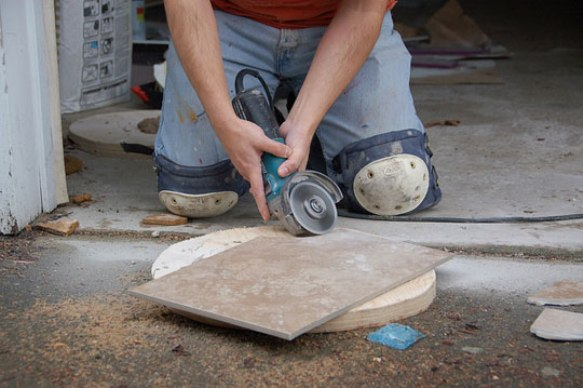 как правильно резать плитку