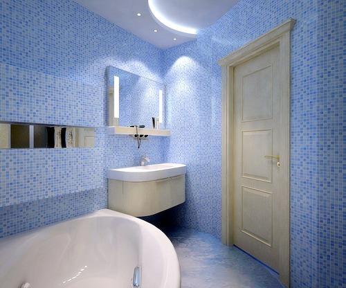 Ванная в сине-голубой майолике
