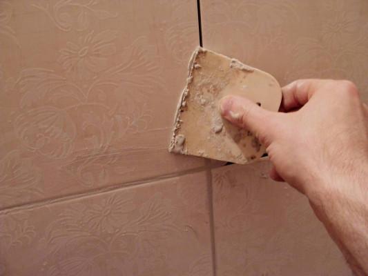 как затереть швы на плитке
